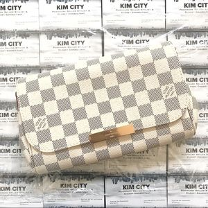 Louis Vuitton Favorite PM Damier Azur Pochette